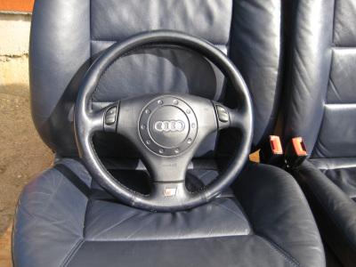 Audi A6 2000 m., Sedanas