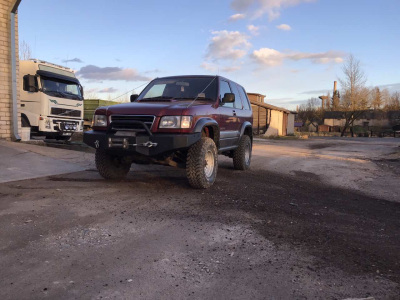 Isuzu Trooper 1999 m., Visureigis