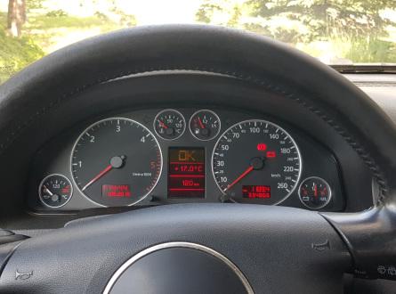 Audi A6 2002 m., Universalas