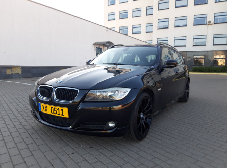 BMW 320 2010 m., Universalas