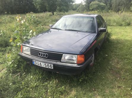 Audi 100 1990 m., Sedanas