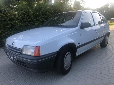 Opel Kadett 1991 m., Hečbekas