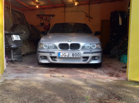 BMW 530 2002 m., Sedanas