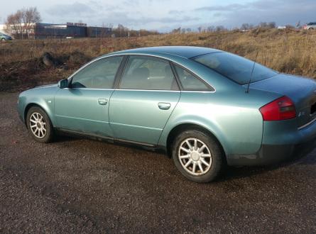 Audi A6 1998 m., Sedanas