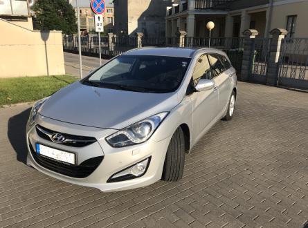 Hyundai -kita- 2012 m., Universalas